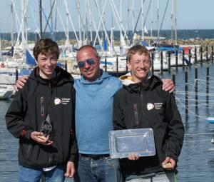 Vincent Bahr, Lars Kleinwächter mit Coach Lukas Zellmer YCBG